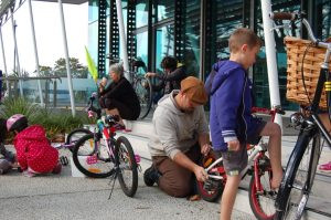 EcoFest West: Bike Te Atatu  Pop-up Bike Hub @ Te Atatū Peninsula Library Verandah